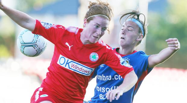 Marissa Callaghan's late goal for Cliftonville has given Linfield the impetus in the title chase.