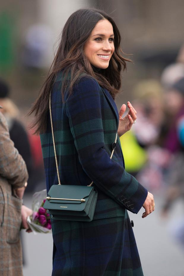 EDINBURGH, SCOTLAND - FEBRUARY 13: Meghan Markle is seen during a walkabout on the esplanade at Edinburgh Castle on February 13, 2018 in Edinburgh, Scotland. (Photo by James Glossop - WPA Pool/Getty Images)