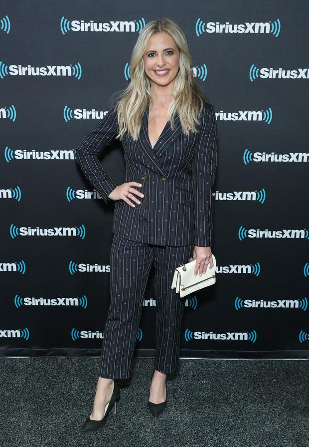 Sarah Michelle Gellar wearing Strathberry (Photo by Cindy Ord/Getty Images for SiriusXM)