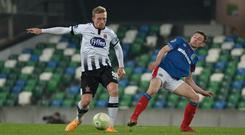 Linfield v Dundalk Unite the Union Cup