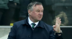 Michael O'Neill gives his instructions