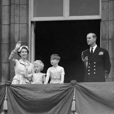 File photo dated 15/05/54 of Prince Charles and Princess Anne with their parents, Queen Elizabeth II and Duke of Edinburgh, on the balcony of Buckingham Palace following their return from the Commonwealth tour as the Queen turns 90 on the April 21st. PRESS ASSOCIATION Photo. Issue date: Sunday April 3, 2016. See PA story ROYAL Birthday. Photo credit should read: PA Wire