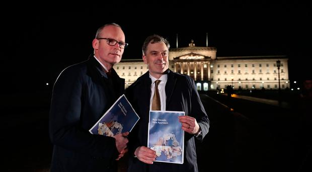 Stormont: Draft deal aims to break Northern Ireland deadlock