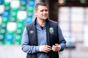 Title rivals: David Healy says he has huge respect for Crusaders