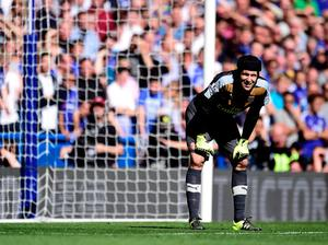 """Arsenal goalkeeper Petr Cech during the Barclays Premier League match at Stamford Bridge, London. PRESS ASSOCIATION Photo. Picture date: Saturday September 19, 2015. See PA story SOCCER Chelsea. Photo credit should read: Adam Davy/PA Wire. RESTRICTIONS: EDITORIAL USE ONLY No use with unauthorised audio, video, data, fixture lists, club/league logos or """"live"""" services. Online in-match use limited to 45 images, no video emulation. No use in betting, games or single club/league/player publications."""