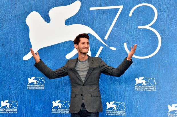 VENICE, ITALY - SEPTEMBER 03:  Actor Pierre Niney attends the photocall of 'Frantz' during the 73rd Venice Film Festival at Sala Darsena on September 3, 2016 in Venice, Italy.  (Photo by Pascal Le Segretain/Getty Images)