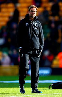 NORWICH, ENGLAND - JANUARY 23:  Jurgen Klopp, manager of Liverpool looks on during the warm up prior to the Barclays Premier League match between Norwich City and Liverpool at Carrow Road on January 23, 2016 in Norwich, England.  (Photo by Clive Mason/Getty Images)