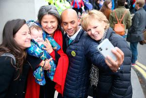 Independent Group MPs Chuka Umunna and Anna Soubry have a selfie taken with Tracey Ullman as they join anti-Brexit campaigners taking part in the People's Vote March in London. PRESS ASSOCIATION Photo. Picture date: Saturday March 23, 2019. See PA story POLITICS Brexit March. Photo credit should read: Aaron Chown/PA Wire