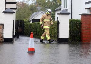 Pacemaker Press 16/10/2014 Flooding at Sicily Park in South Belfast after Heavy rainfall  on Thursday afternoon  which has led to localised flooding across Northern Ireland Pic Colm Lenaghan/Pacemaker