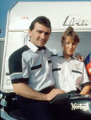 Robert Dunlop:Motorcycling/with wife Louise