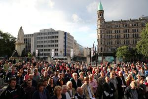 Hundreds gather at Belfast City Hall  for a multi-faith service to pray for peace in the Middle East and an end to other global conflicts. Picture date: Wednesday August 6, 2014. Photo: Niall Carson/PA