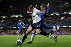 LONDON, ENGLAND - MAY 08:  Jan Vertonghen of Spurs holds off the challenge from Fernando Torres of Chelsea during the Barclays Premier League match between Chelsea and Tottenham Hotspur at Stamford Bridge on May 8, 2013 in London, England.  (Photo by Ian Walton/Getty Images)