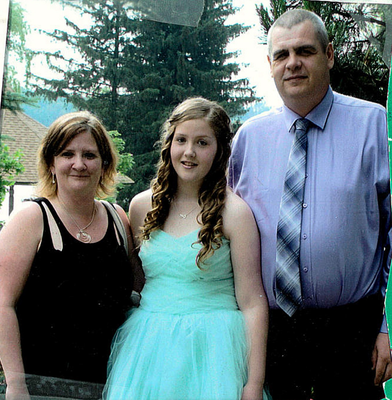 Laurence Douglas with his wife Heather and daughter Taylor