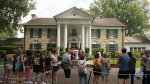 Graceland seen in 2017 before social-distancing measures were necessary (Brandon Dill/PA)
