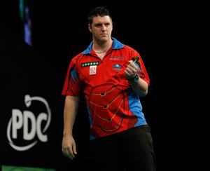Daryl Gurney is through to the quarter-finals of the World Grand Prix of Darts