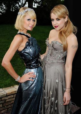 Paris Hilton and Peaches Geldof arrives for the amfAR Cinema Against AIDS 2009 benefit at the Hotel du Cap during the 62nd Annual Cannes Film Festival on May 21, 2009 in Antibes, France.  (Photo by Pascal Le Segretain/Getty Images for amfAR)