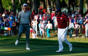 Europe's Justin Rose celebrates a putt during the Fourballs on day two of the 41st Ryder Cup at Hazeltine National Golf Club in Chaska, Minnesota, USA. Peter Byrne/PA Wire.