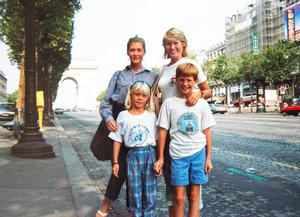 Joyce Quinn, on a family holiday to Paris with her children Nicole, Lisa and David