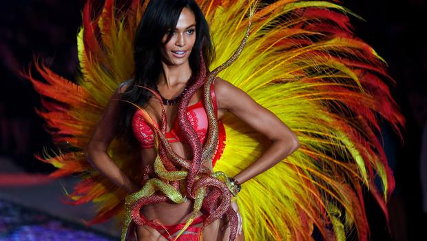 TOPSHOTS Model Joan Smalls from Puerto Rico presents a creation during the 2015 Victoria's Secret Fashion Show in New York on November 10, 2015. AFP PHOTO/JEWEL SAMADJEWEL SAMAD/AFP/Getty Images