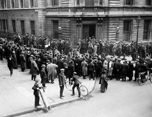 File photo dated 01/04/1916 of crowds outside Bow Street court, for the Roger Casement Trial as a trove of  rarely-seen photographs lays bare the utter carnage wreaked on Dublin during the tumultuous Easter Rising 100 years ago this weekend. PA
