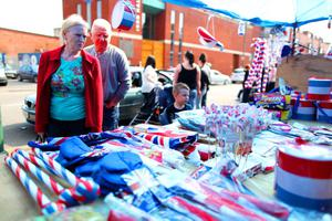 The Annual Easter Apprentice Boys' Parade made its way from Belmont Road where an act of Remembrance took place to Ormeau Embankment. A stall in Templemore Avenue selling bunting
