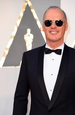 Actor Michael Keaton arrives on the red carpet for the 88th Oscars on February 28, 2016 in Hollywood, California. AFP PHOTO / VALERIE MACONVALERIE MACON/AFP/Getty Images