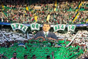 Celtic Fans celebrate manager Brendan Rodgers during the UEFA Champions League qualifying play-off, first leg match at Celtic Park, Glasgow. PRESS ASSOCIATION Photo. Picture date: Wednesday August 17, 2016. See PA story SOCCER Celtic. Photo credit should read: Jeff Holmes/PA Wire