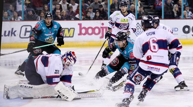 The Giants can't find a way past Pontus Sjogren of the Dundee Stars