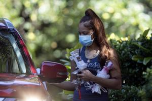 Charmaine Turner prepares to enter a viewing for her daughter Secoriea (John Bazemore/AP)
