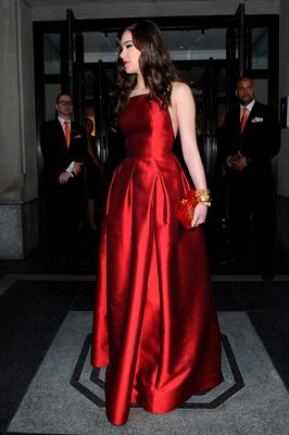 NEW YORK, NY - MAY 04:  Hailee Steinfeld departs The Mark Hotel for the Met Gala at the Metropolitan Museum of Art on May 4, 2015 in New York City.  (Photo by Andrew Toth/Getty Images for The Mark Hotel)