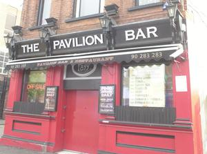 Pubs/Clubs:The Pavilion Bar Ormeau Road Belfast. 6.10.2004