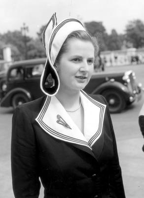 File photo dated 13/07/1950 of Margaret Hilda Roberts, the Conservative candidate for Dartford, on her way to a garden party at Buckingham Palace, in London. Baroness Thatcher died this morning following a stroke, her spokesman Lord Bell said. PRESS ASSOCIATION Photo. Issue date: Monday April 8, 2013. See PA story DEATH Thatcher. Photo credit should read: PA/PA Wire