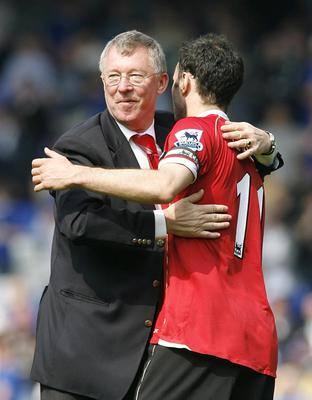 File photo dated 28/04/2007 of Manchester United's manager Alex Ferguson with Ryan Giggs. PRESS ASSOCITAION Photo. Issue date: Wednesday May 8, 2013. Sir Alex Ferguson will retire at the end of this season, Manchester United have announced. See PA Story SOCCER Man Utd. Photo credit should read: Peter Byrne/PA Wire.