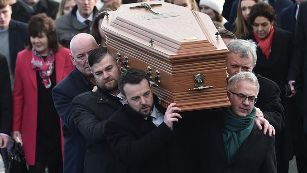 PACEMAKER BELFAST 27/01/2020 SDLP Leader Colum Eastwood , Mark Durkan and Alex Attwood carry the coffin during The Funeral of Seamus Mallon at St James Church in Mullaghbrack, Co Armagh on Monday. The former deputy first minister of Northern Ireland, who was one of the key architects of the 1998 Good Friday Agreement, died on Friday aged 83. Past and present government ministers are among the mourners. Photo Colm Lenaghan/Pacemaker Press
