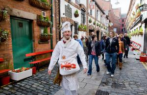 Directed by Kabosh's Paula McFetridge, Belfast Bred introduces you to the very best of local produce offered in Belfast. nitb.com