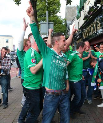 Picture - Kevin Scott / Presseye  Thursday 8th October 2015 - Belfast Northern Ireland - Northern Ireland vs Greece FANS  Pictured is Northern Ireland fans at Laverys bar in Belfast ahead of the Euro Qualifier at Windsor Park.   Picture - Kevin Scott / Presseye