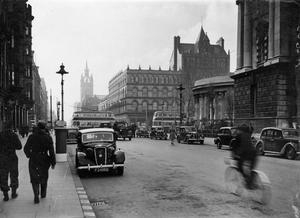 Donegall Square South and West. Belfast  3/11/1942 BELFAST TELEGRAPH COLLECTION/NMNI