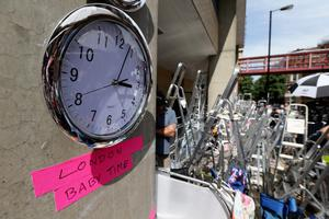 LONDON, ENGLAND - JULY 15:  A 'London Baby Time' clock outside the Lindo wing of St Mary's Hospital as the UK prepares for the birth of the first child of The Duke and Duchess of Cambridge on July 14, 2013 in London, England.  (Photo by Chris Jackson/Getty Images)