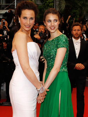 Sarah Margaret Qualley with her mother Andie MacDowell