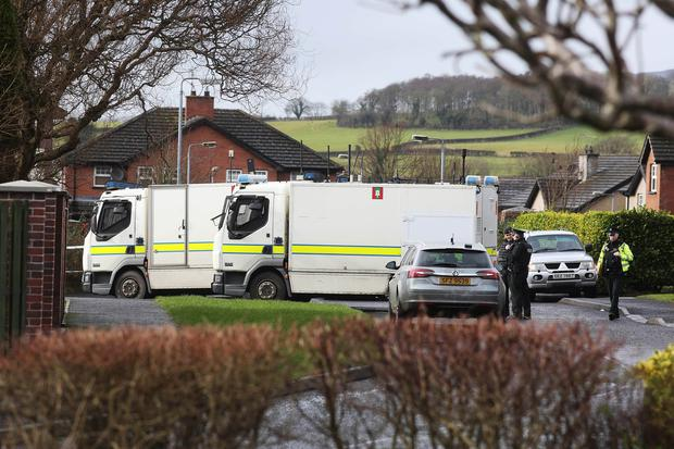 PSNI and Army Technical Officers at the scene in Ardanlee, Derry, following the discovery of a suspect device. ©/Lorcan Doherty Press Eye Photography - 22nd February January 2017.