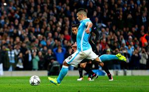 MANCHESTER, ENGLAND - APRIL 12:  Sergio Aguero of Manchester City misses a penalty kick during the UEFA Champions League quarter final second leg match between Manchester City FC and Paris Saint-Germain at the Etihad Stadium on April 12, 2016 in Manchester, United Kingdom.  (Photo by Clive Brunskill/Getty Images)