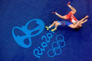 RIO DE JANEIRO, BRAZIL - AUGUST 16:  Rasul Chunayev of Azerbaijan competes against Hansu Ryu of Korea in the Men's Greco-Roman 66 kg Bronze final bout on Day 11 of the Rio 2016 Olympic Games at Carioca Arena 2 on August 16, 2016 in Rio de Janeiro, Brazil.  (Photo by Richard Heathcote/Getty Images) *** BESTPIX ***