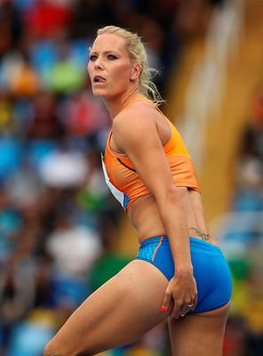 RIO DE JANEIRO, BRAZIL - AUGUST 12:  Nadine Broersen of the Netherlands competes in the Women's Heptathlon High Jump on Day 7 of the Rio 2016 Olympic Games at the Olympic Stadium on August 12, 2016 in Rio de Janeiro, Brazil.  (Photo by Cameron Spencer/Getty Images)