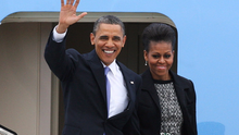 US President Barack Obama and First Lady Michelle Obama arriving at Dublin Airport during their visit to Ireland in 2011