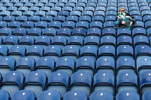 An Irish fan waits for the start of the Six Nations international rugby union match between Scotland and Ireland at Murrayfield in Edinburgh, Scotland on Febuary 4, 2017.   / AFP PHOTO / Paul ELLISPAUL ELLIS/AFP/Getty Images