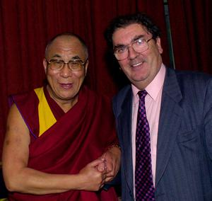 File photo dated 19/10/2000 of the Dalai Lama (left) meeting with fellow Nobel peace laureate John Hume, the former SDLP leader has died at the age of 83. Photo: Martin McCullough/PA Wire