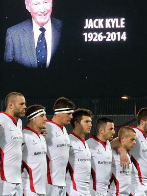 Guinness PRO12, Thomond Park, Co. Limerick 28/11/2014 Munster vs Ulster Ulster players show their respects to Jack Kyle who passed away today  Mandatory Credit ?INPHO/Ryan Byrne