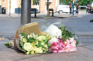 Flowers left close to the Manchester Arena, the morning after a suicide bomber killed 22 people, including children, as an explosion tore through fans leaving a pop concert in Manchester. PRESS ASSOCIATION Photo. Picture date: Tuesday May 23, 2017. See PA story POLICE Explosion. Photo credit should read: Danny Lawson/PA Wire