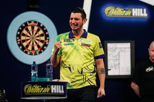 Diogo Portela celebrates with tears after beating Steve Beaton