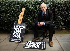 File photo dated 01/04/09 of Tony Benn. The veteran politician died at home today at the age of 88, his family said in a statement. PRESS ASSOCIATION Photo. Issue date: Friday March 14, 2014. See PA story DEATH Benn. Photo credit should read: Fiona Hanson/PA Wire